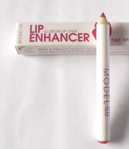 ModelCo-Lip-Enhancer-Illusion-Lip-Liner-Review-608x700